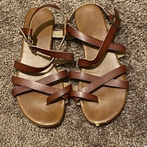 Altar'd stare leather sandals